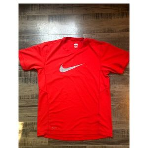 NIKE Fit Dry shirt - Red
